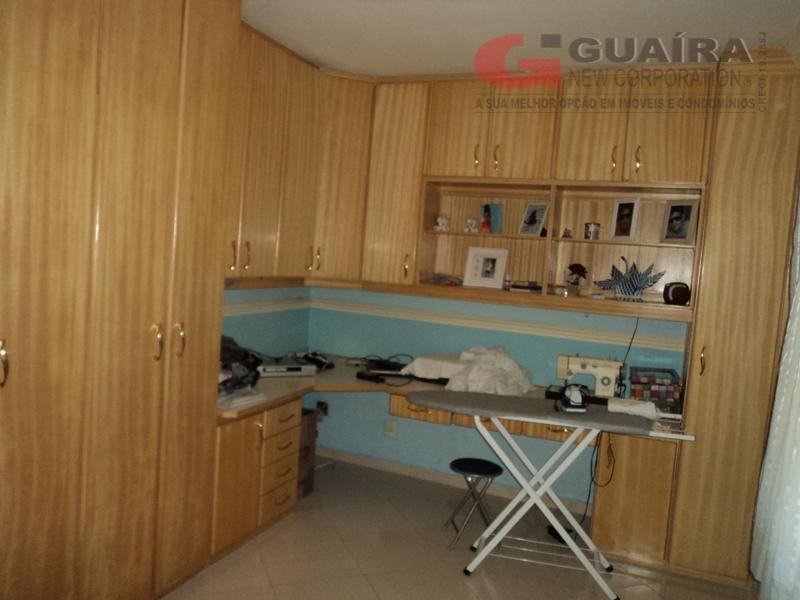 Sobrado de 2 dormitórios em Vila Metalúrgica, Santo André - SP