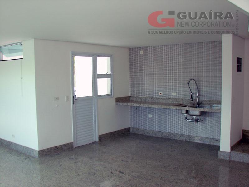 Sobrado de 3 dormitórios em Campestre, Santo André - SP