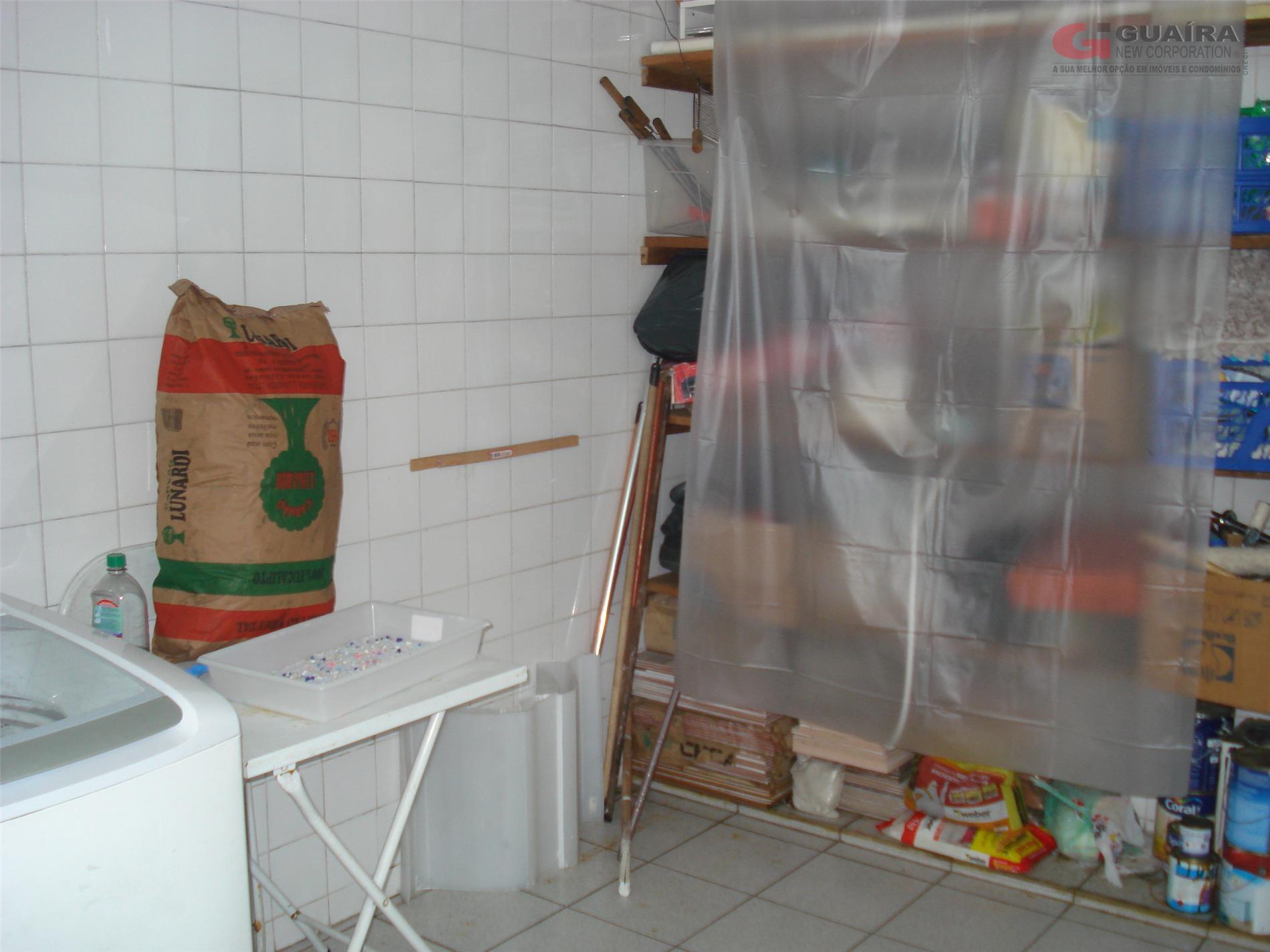Sobrado de 2 dormitórios em Vila Palmares, Santo André - SP