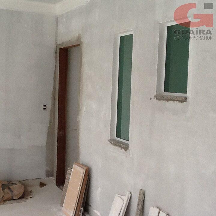 Sobrado de 2 dormitórios à venda em Vila Scarpelli, Santo André - SP