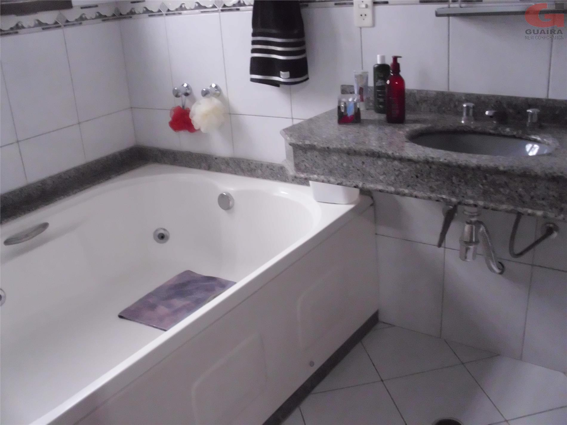 Sobrado de 4 dormitórios em Vila Floresta, Santo André - SP