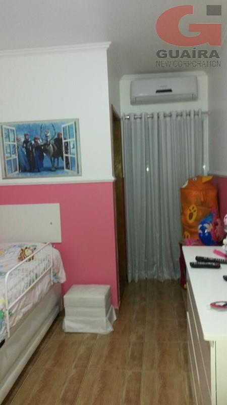 Sobrado de 2 dormitórios em Vila Helena, Santo André - SP