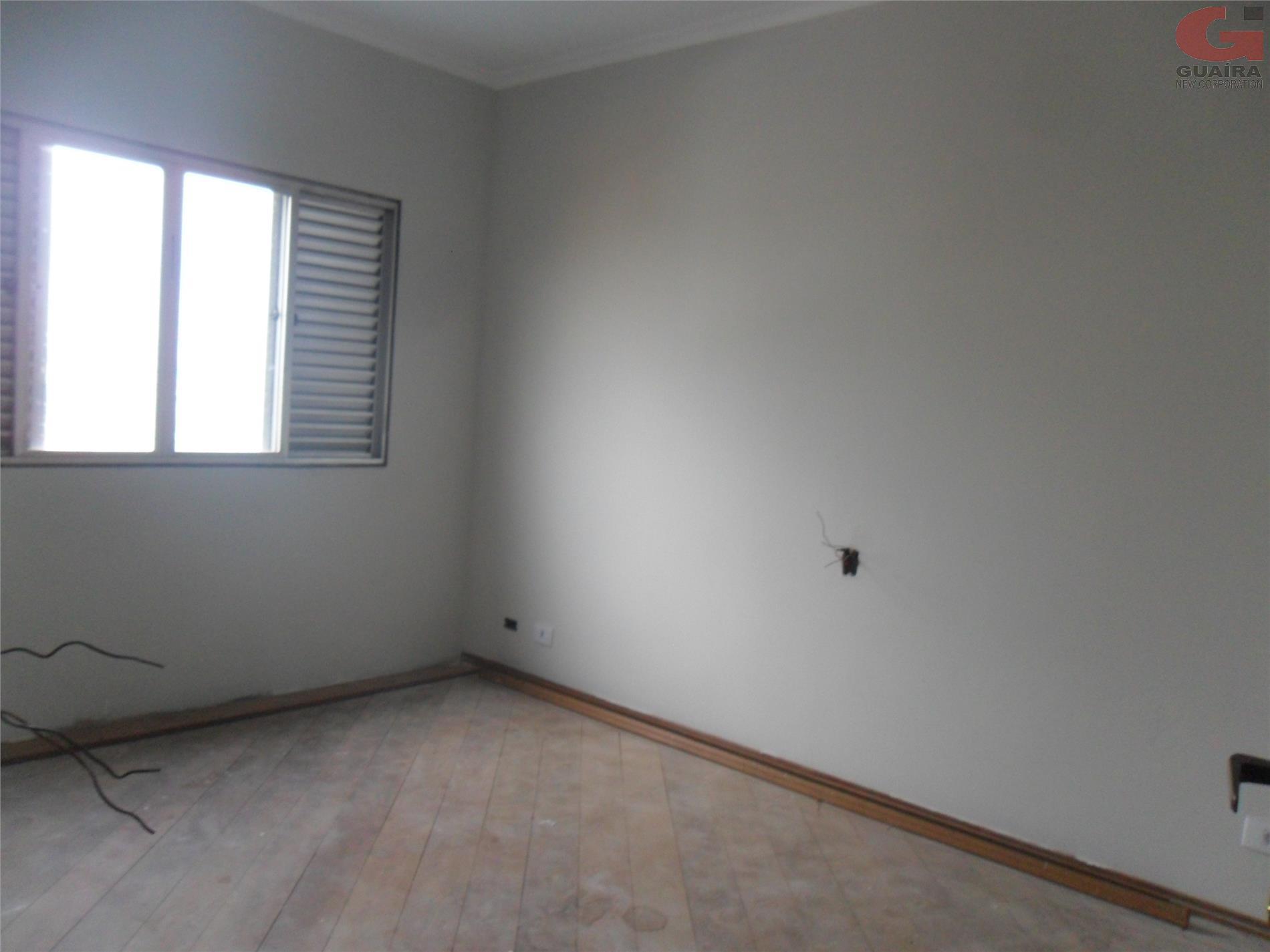 Casa de 3 dormitórios à venda em Vila Palmares, Santo André - SP