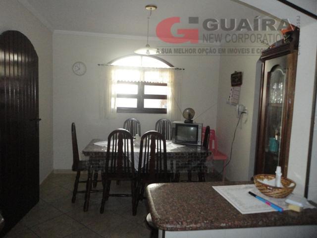 Casa de 3 dormitórios em Jardim Teles De Menezes, Santo André - SP