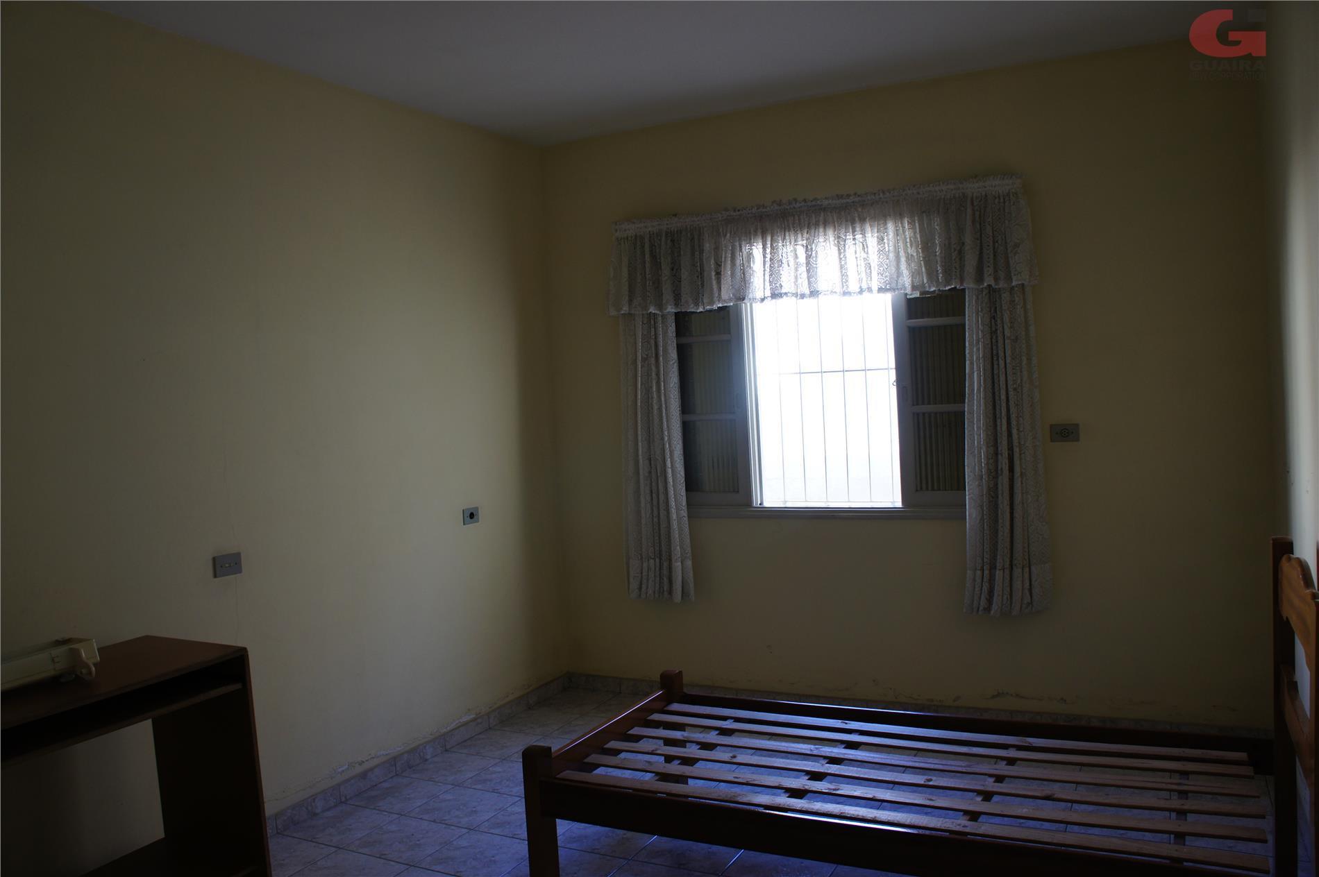 Casa de 2 dormitórios em Parque Das Nações, Santo André - SP