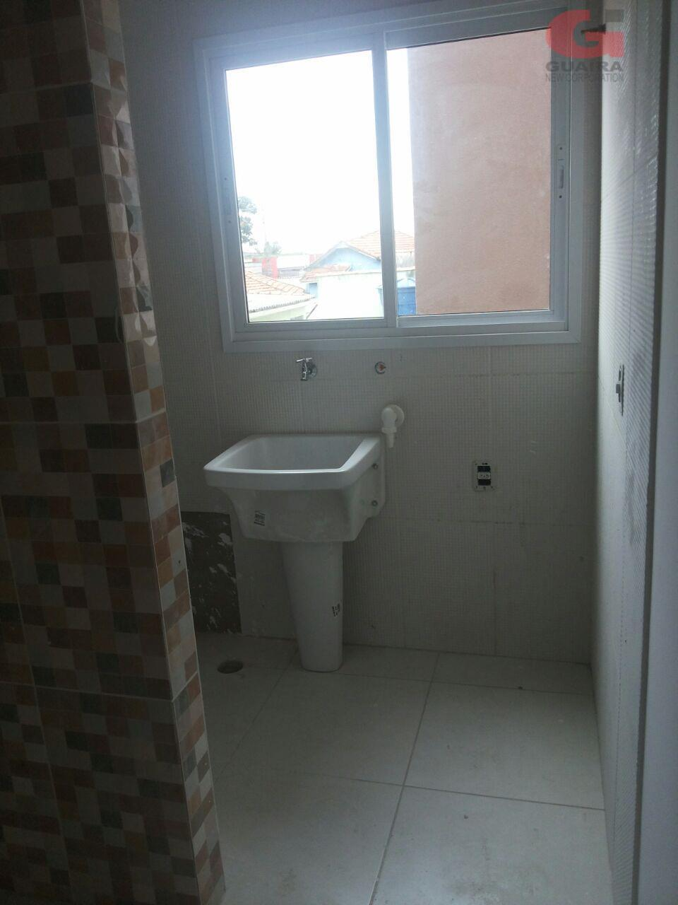 Cobertura de 2 dormitórios em Vila Lucinda, Santo André - SP