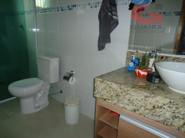 Sobrado de 3 dormitórios em Jardim Las Vegas, Santo André - SP