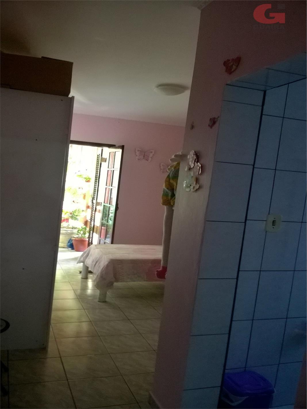 Sobrado de 2 dormitórios em Jardim Pedroso, Mauá - SP