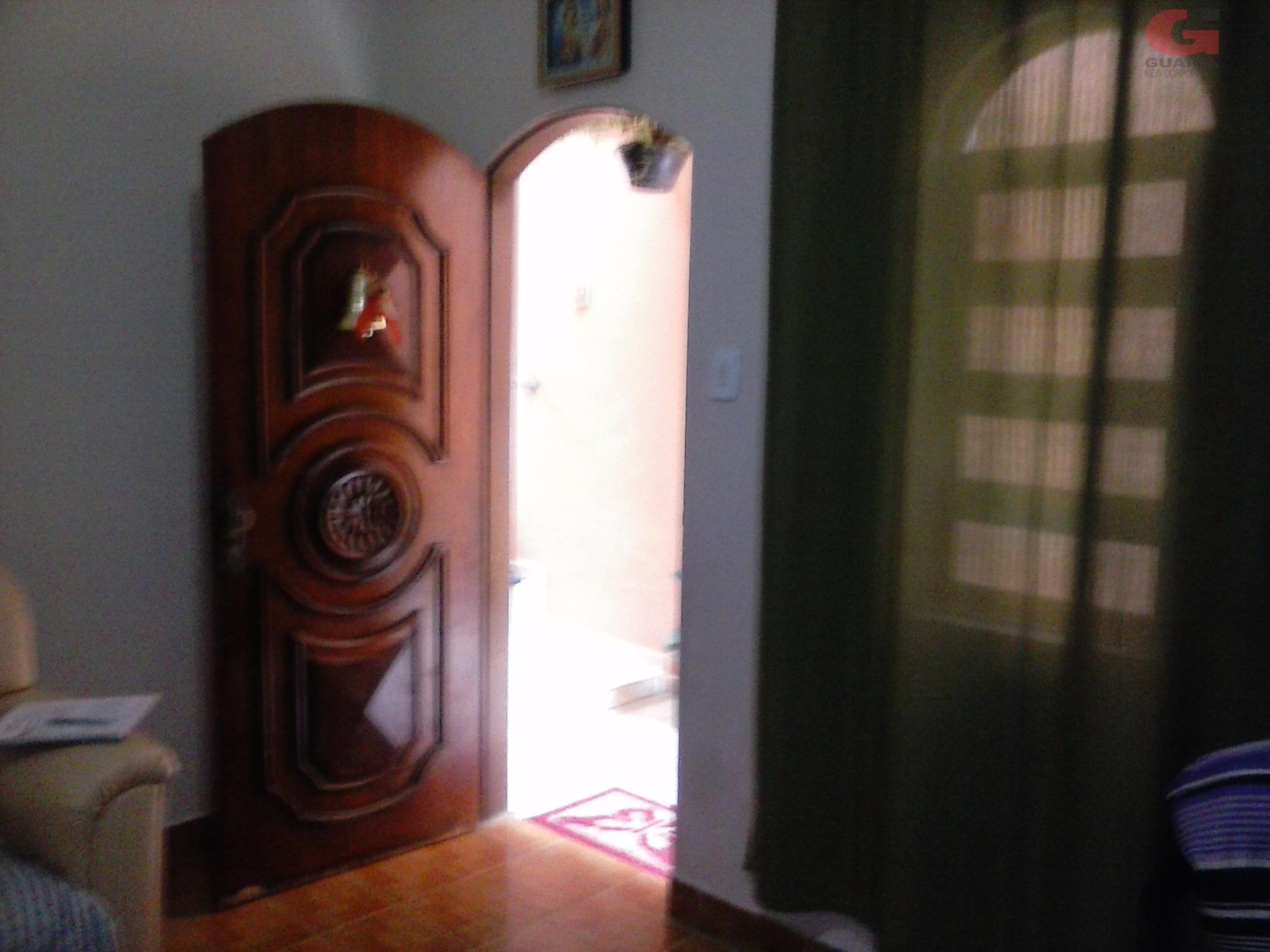 Casa de 3 dormitórios em Jardim Las Vegas, Santo André - SP