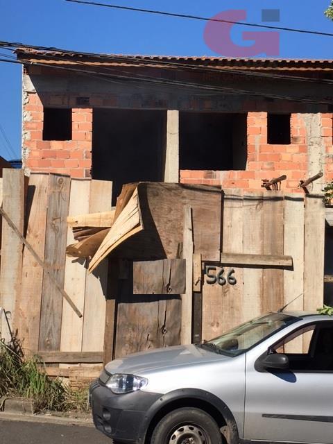 Sobrado de 2 dormitórios em Vila Humaitá, Santo André - SP