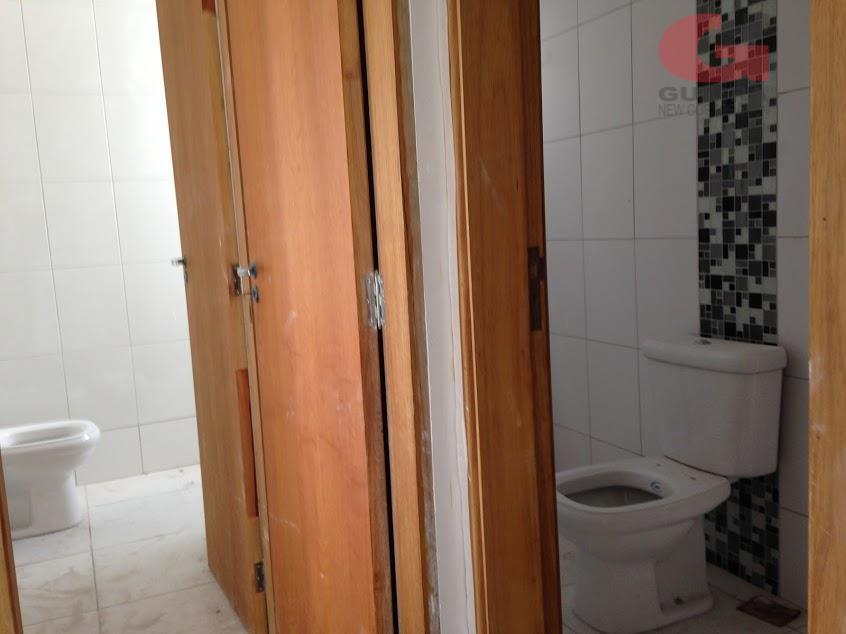 Apartamento de 2 dormitórios em Vila Gilda, Santo André - SP