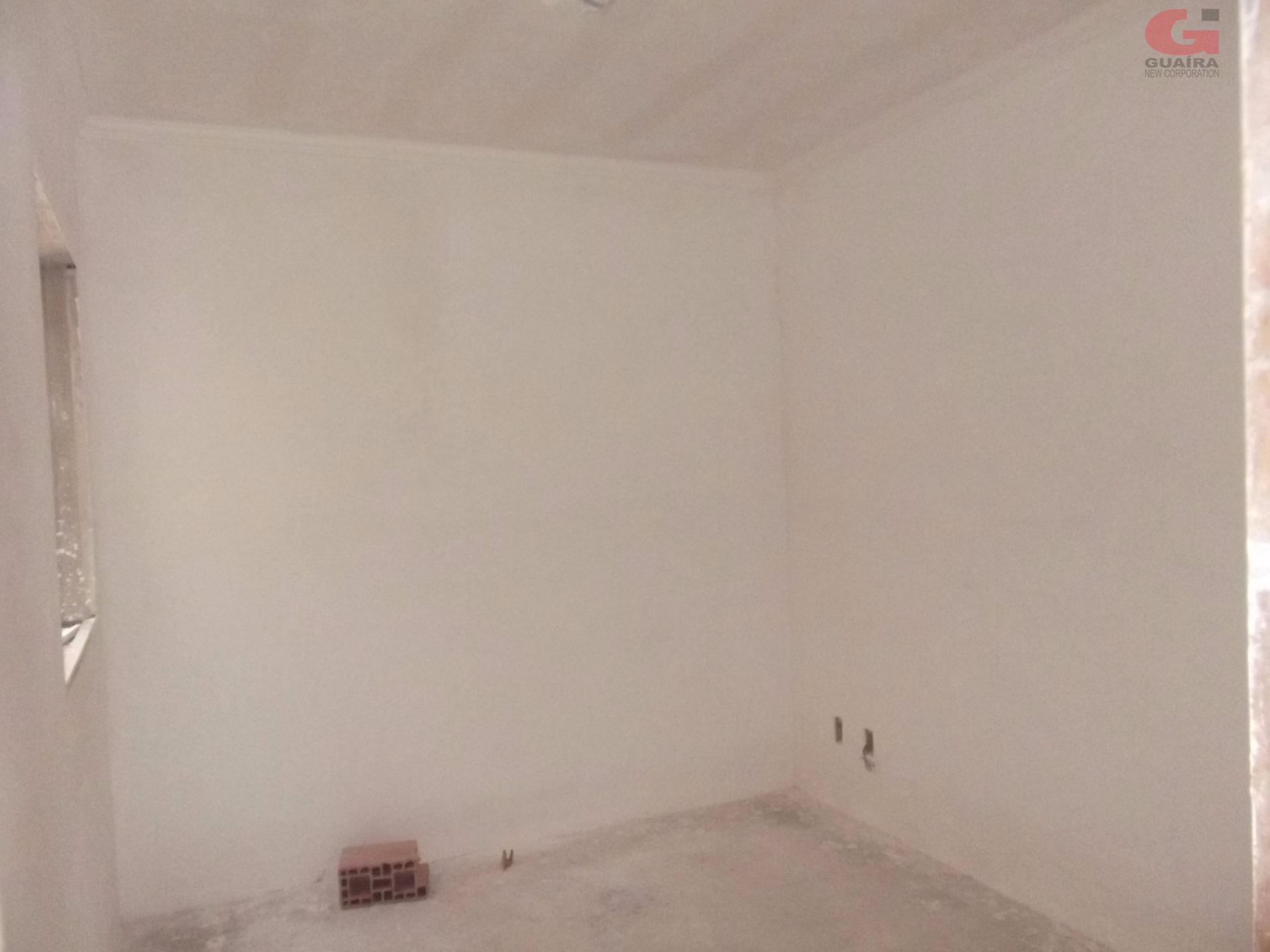 Apartamento de 2 dormitórios em Vila Scarpelli, Santo André - SP