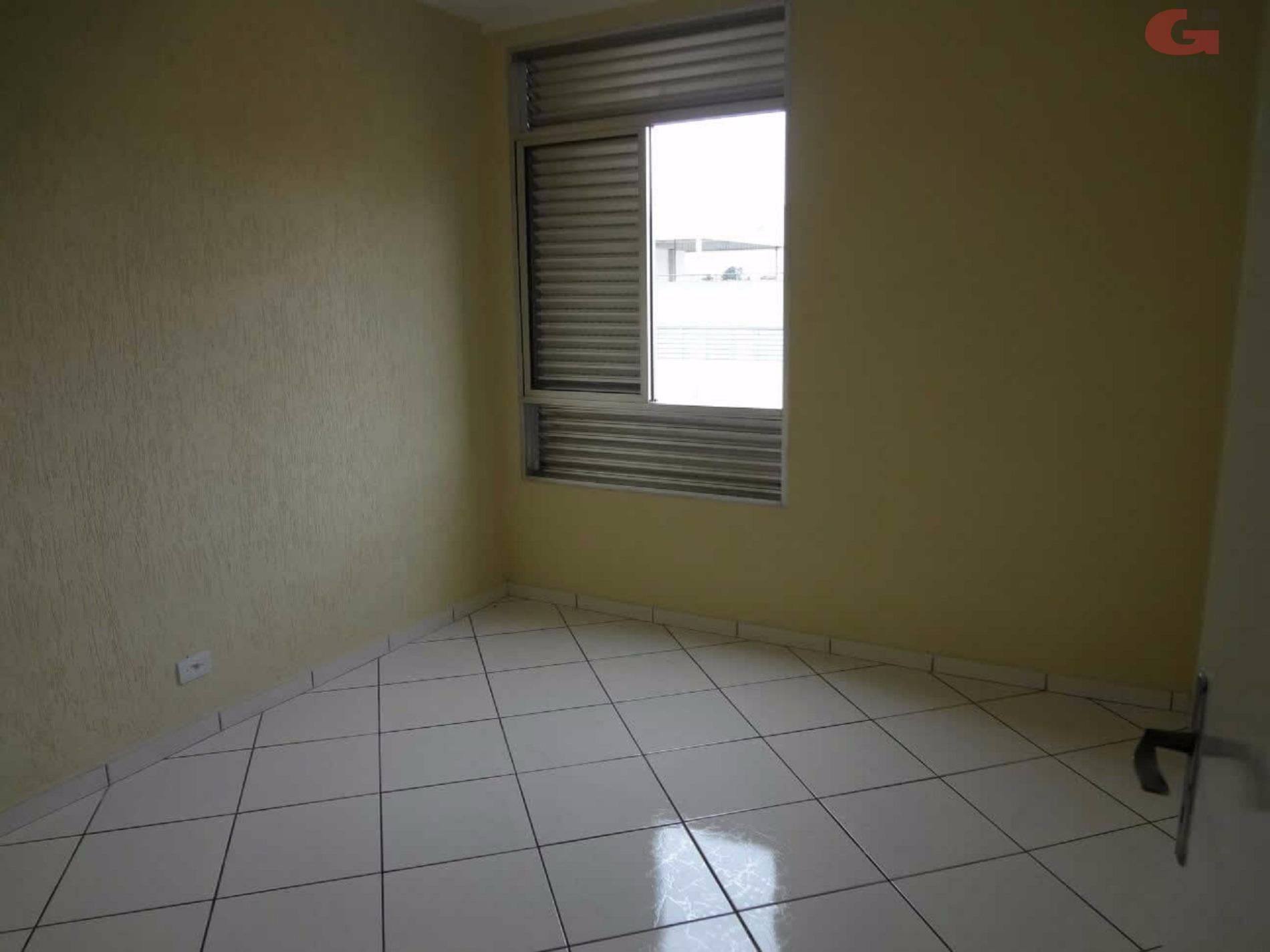 Apartamento de 2 dormitórios em Alves Dias, São Bernardo Do Campo - SP