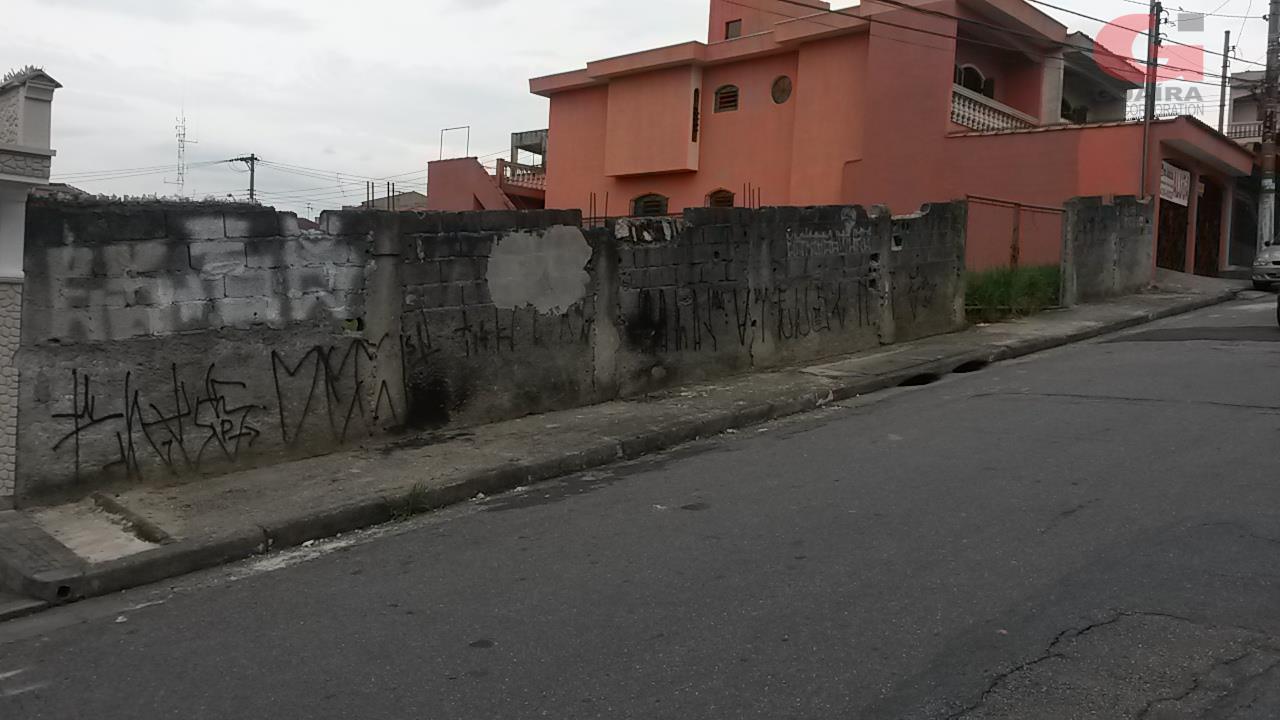 Terreno à venda em Jardim Teles De Menezes, Santo André - SP