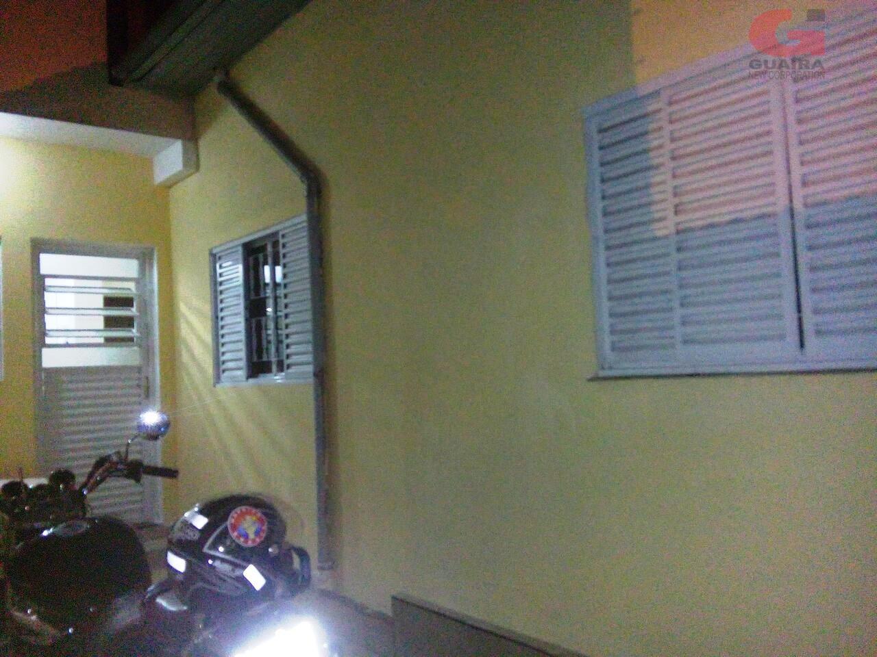 Casa de 2 dormitórios à venda em Vila Alzira, Santo André - SP