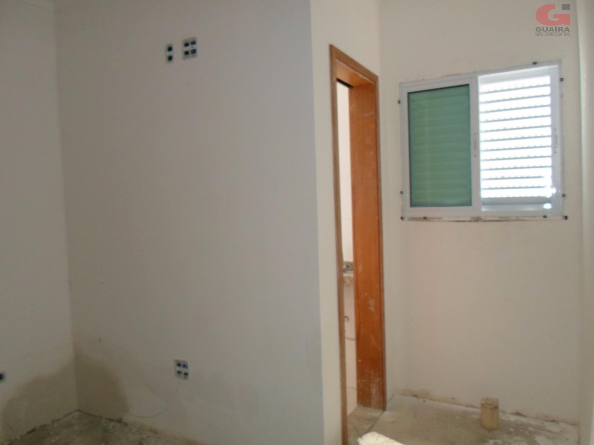 Sobrado de 2 dormitórios em Parque Das Nações, Santo André - SP