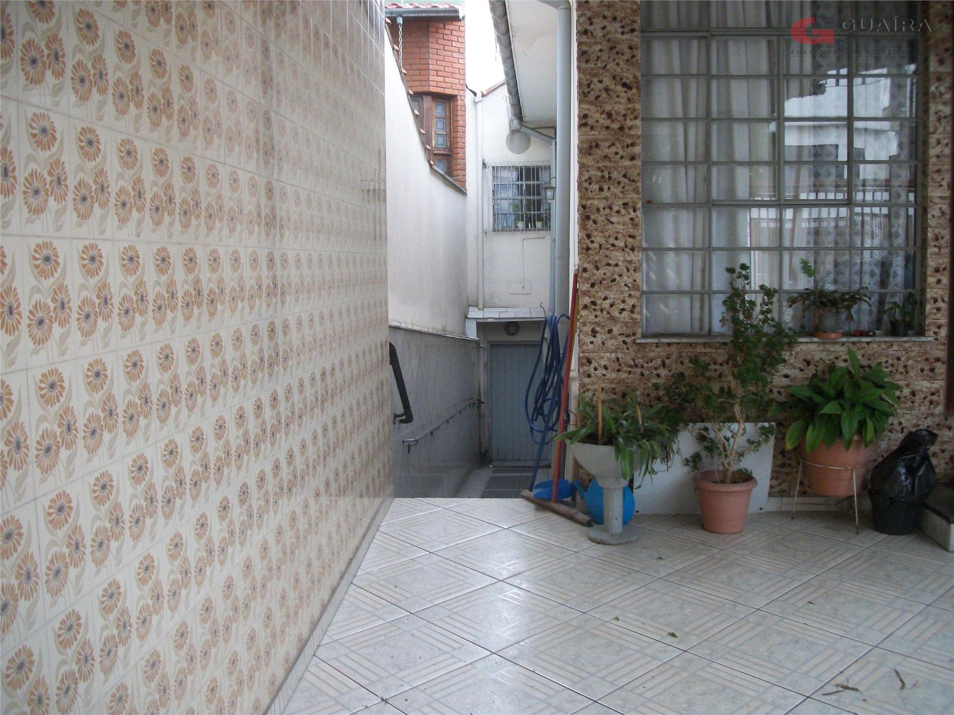 Casa de 2 dormitórios em Vila Curuçá, Santo André - SP