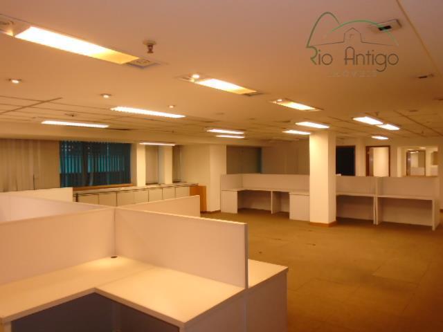 Sala comercial - Av. Graça Aranha - Locação - Centro
