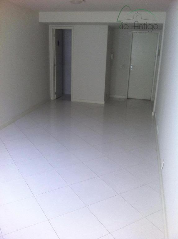 Sala Comercial - Rua Buenos Aires - Locação - Centro