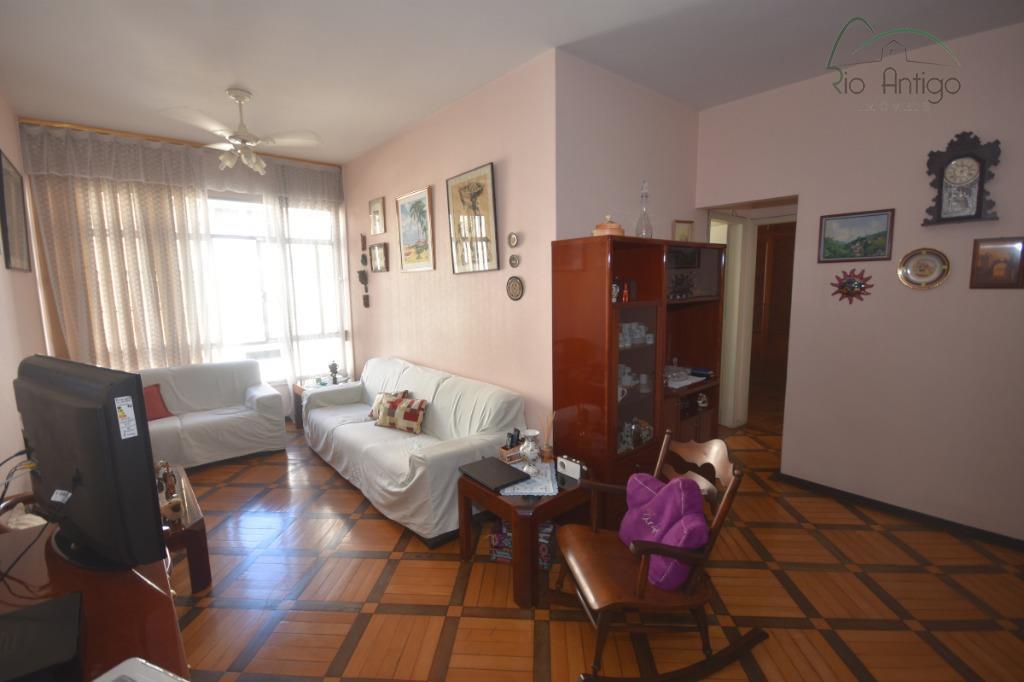 Apartamento - Rua Bulhões de Carvalho - Venda - Copacabana