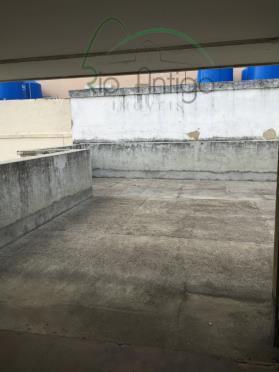 oportunidade no arpoador próximo à rua francisco otaviano. cobertura duplex, vazia, necessitando de modernização, vista livre,...