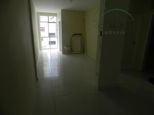 oportunidade na rua da passagem. apartamento reformado composto por sala, 03 quartos, banheiro social, lavabo, cozinha...