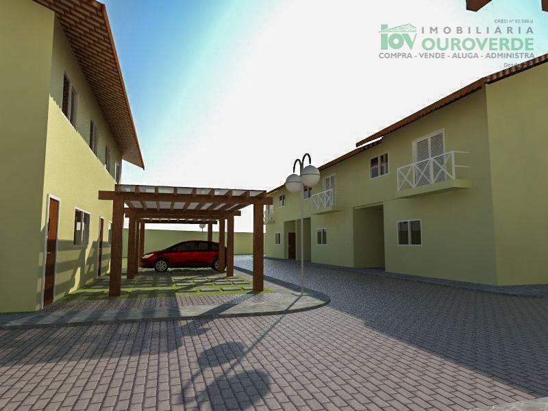 Sobrados e terrenos em condomínio