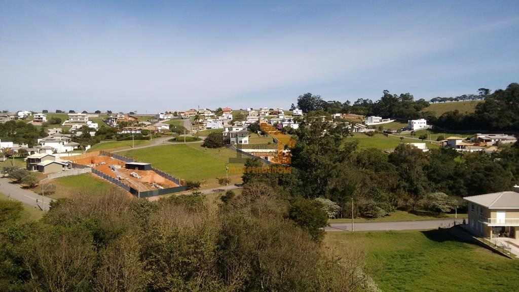 lindíssima casa no condomínio villaggio paradiso, excelente localização e terreno plano com 1.000m², casa com 441m²...