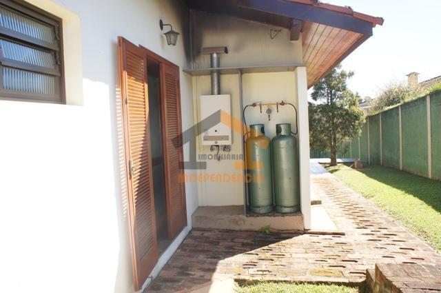 casa com aquecedor a gás, possuindo 3 dormitórios, sendo 1 suíte master com closet e hidromassagem,...