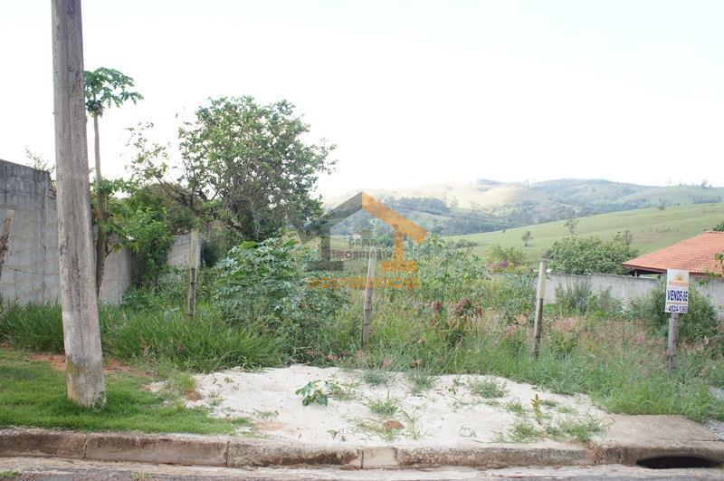 lote com 1.000m², excelente topografia, praticamente plano, com casas vizinhas já construídas dos lados e com...