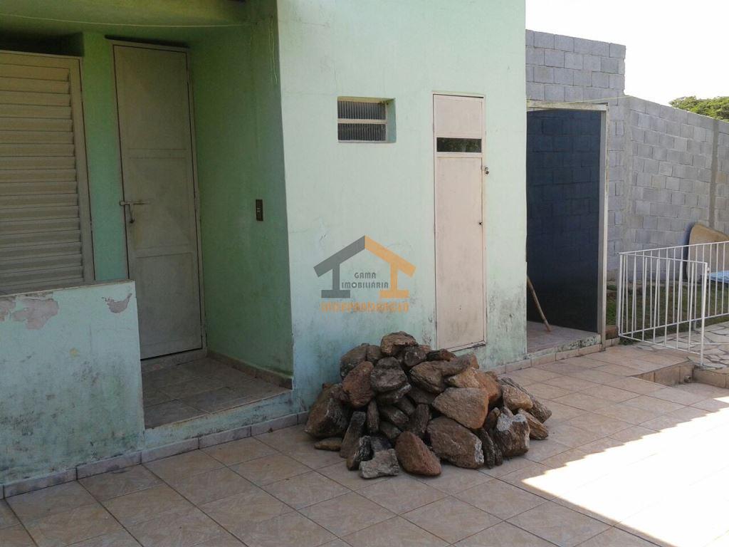 aceita financiamento bancáriocasa com 2 dormitórios, sendo 1 suíte, sala, copa, cozinha, 2 banheiros, cômodo opcional...