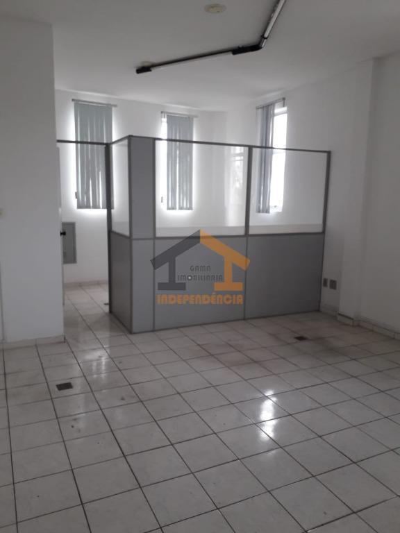 Sala comercial para alugar por R$ 870/mês - Centro - Itatiba/SP