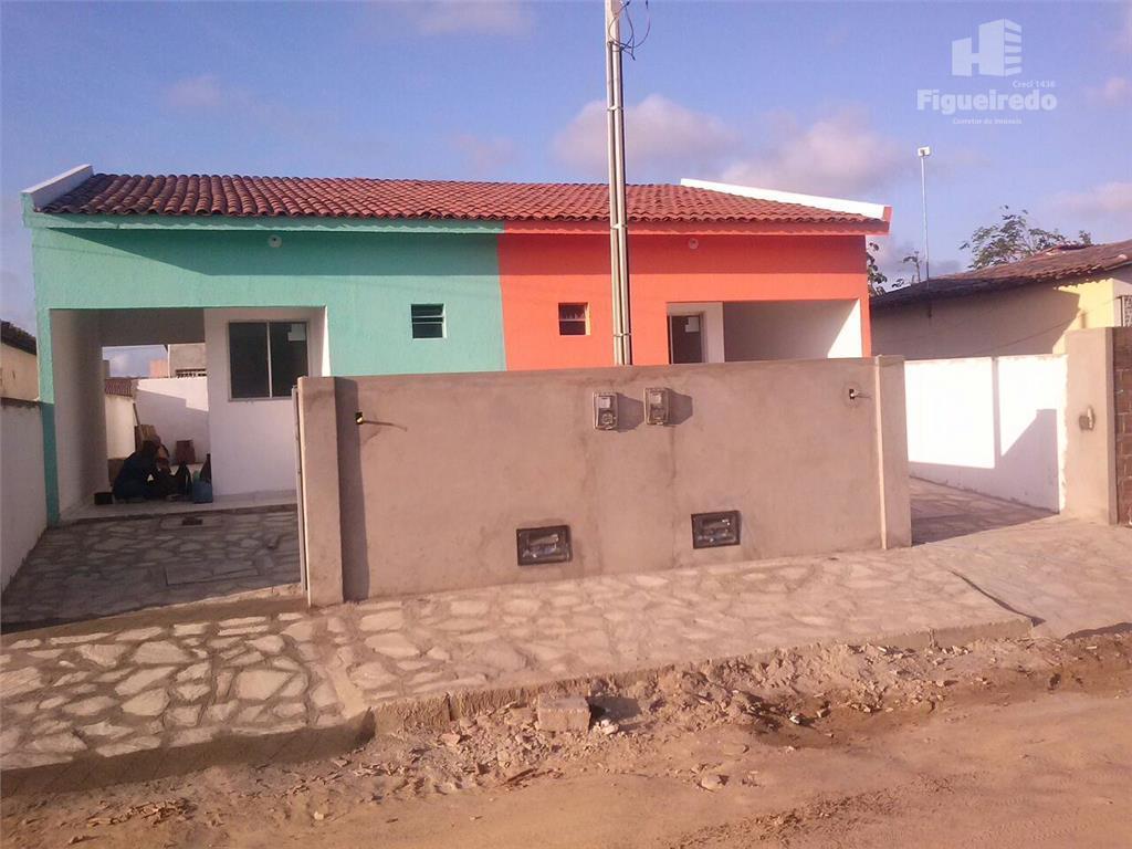Casa residencial à venda, Funcionários, com 02 quartos, em João Pessoa - CA0456.