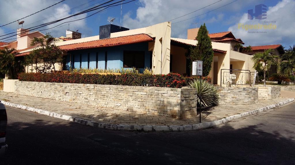 Casa  residencial c/03 suite,piscina,bar molhado para venda e locação de temporada, alt plano, cond.fechado, João Pessoa.