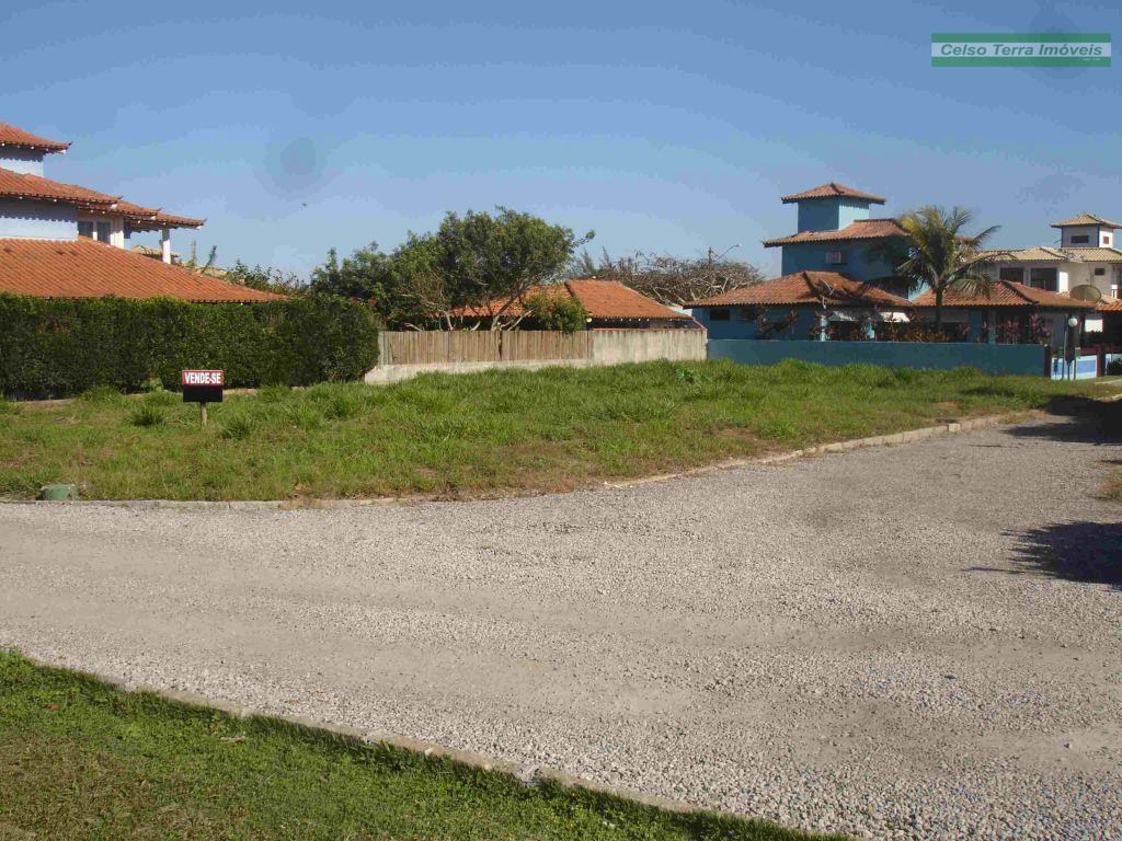 Raridade! Terreno localizado em condomínio. Excelente área de lazer!