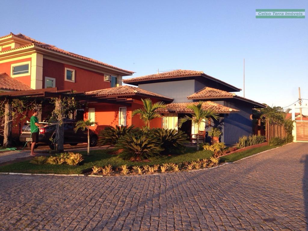 Casa plana totalmente decorada e com projeto de iluminação exclusivo!