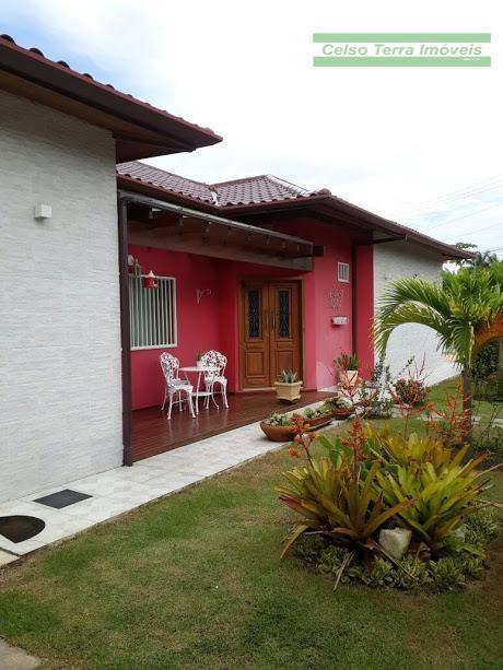 Residência em condomínio exclusivamente residencial!