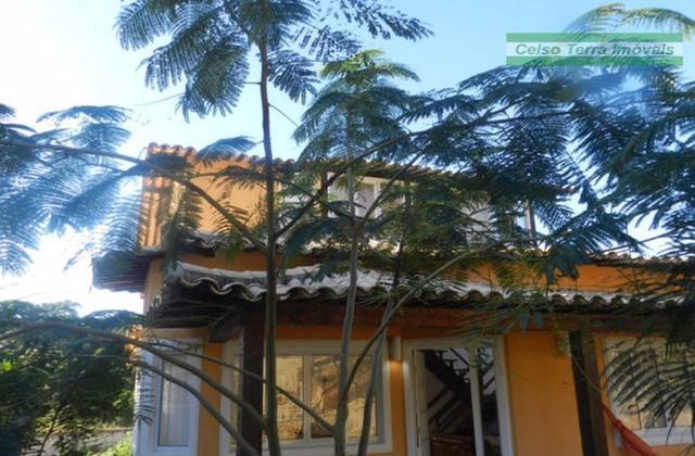 Excelente condomínio! Casa edificada em área de utilização exclusiva! 4 quartos 3 suítes!