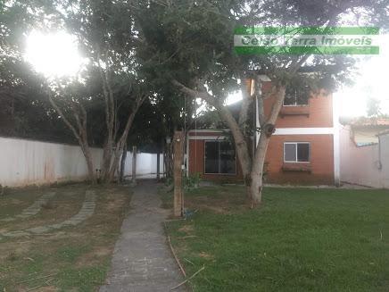 Grande casa para locação! Em condomínio jardim privativo!