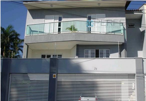 Sobrado residencial à venda, Universitário, Londrina.