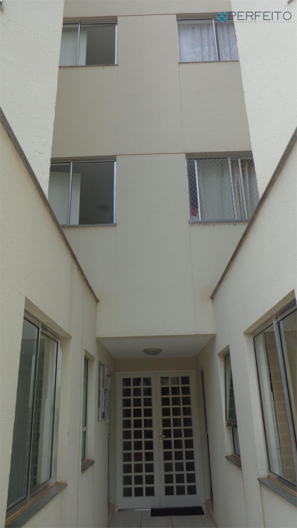 Apartamento residencial à venda, Vila Nelo, Ibiporã - AP0522.
