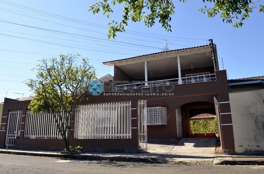 Casa com 3 dormitórios à venda, 430 m² por R$ 650.000 - Caravelle - Londrina/PR