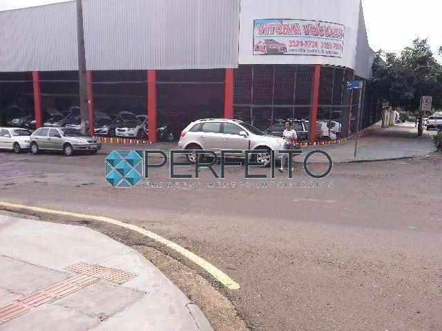 Barracão comercial à venda, Centro, Londrina - BA0092.