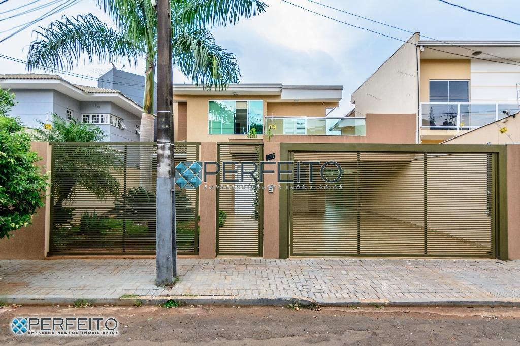 Casa com 4 dormitórios à venda, 363 m² por R$ 980.000 - Caravelle - Londrina/PR