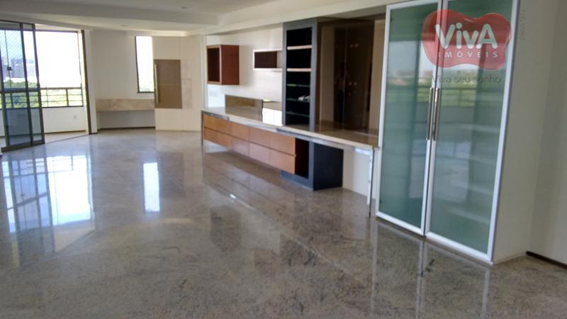 Apartamento residencial à venda, Cocó, Fortaleza - AP1704.