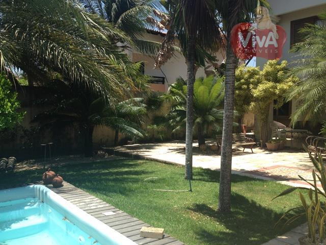 casa solta duplex, 3 suítes, gabinete, dependência completa de empregada, deck com churrasqueira, piscina.nascente, 5 vagas,...