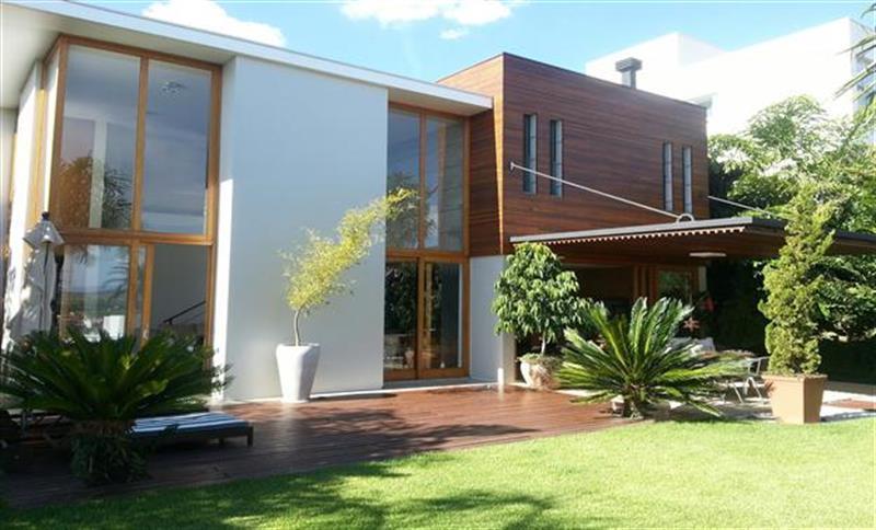 Casa residencial à venda no Condomínio Plaza Athénée em Itu.