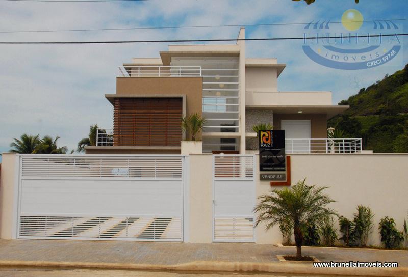 Casa na Praia da Tombo.