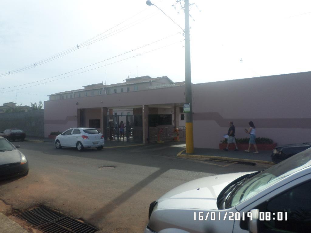 Apartamento com 3 dormitórios para alugar, 63 m² por R$ 700/mês - Parque João de Vasconcelos - Sumaré/SP
