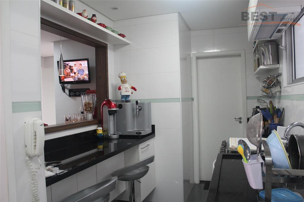 1 banheiro social e 1 lavabo, area de serviço e despensa, ar condicionado na sala e...